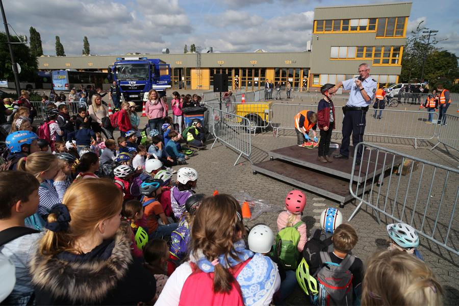 Rund 2.600 Schüler bei Verkehrssicherheitstagen