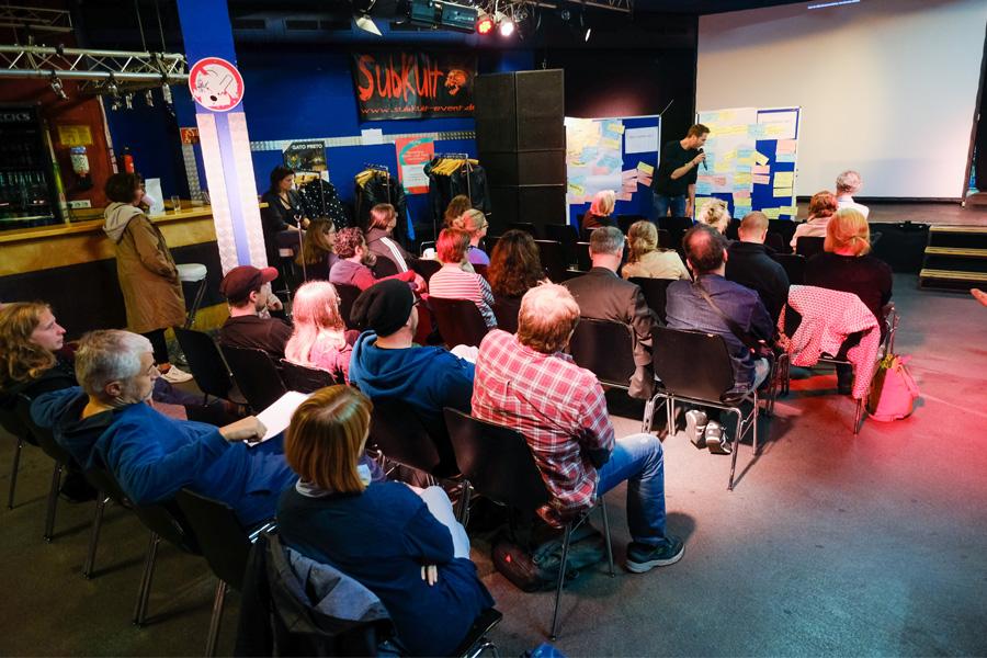 Workshop mit verschiedenen Vertretern aus der Kultur- und Festivalszene (Foto: Stadt Düsseldorf, Michael Gstettenbauer)