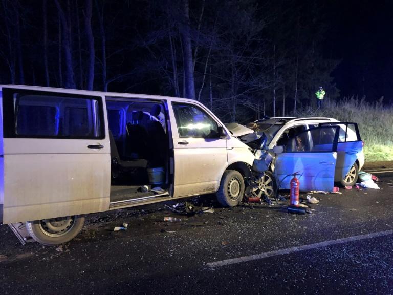 Mutter und zwei Kinder sterben bei Unfall mit Familienauto in Bayern