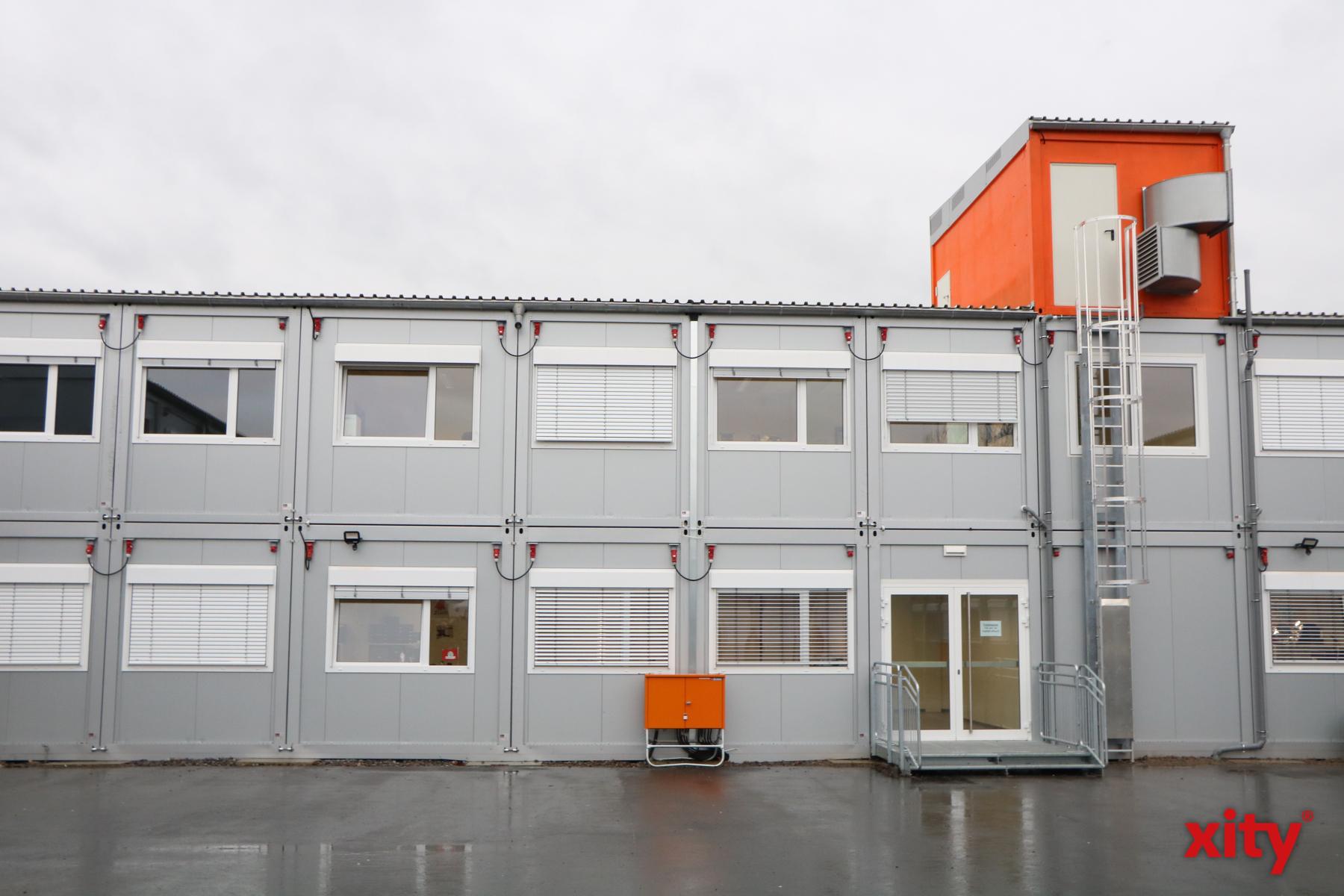Das Containerareal ermöglicht es, die Ausbauarbeiten am Gymnasium schneller durchzuführen (Foto: xity)