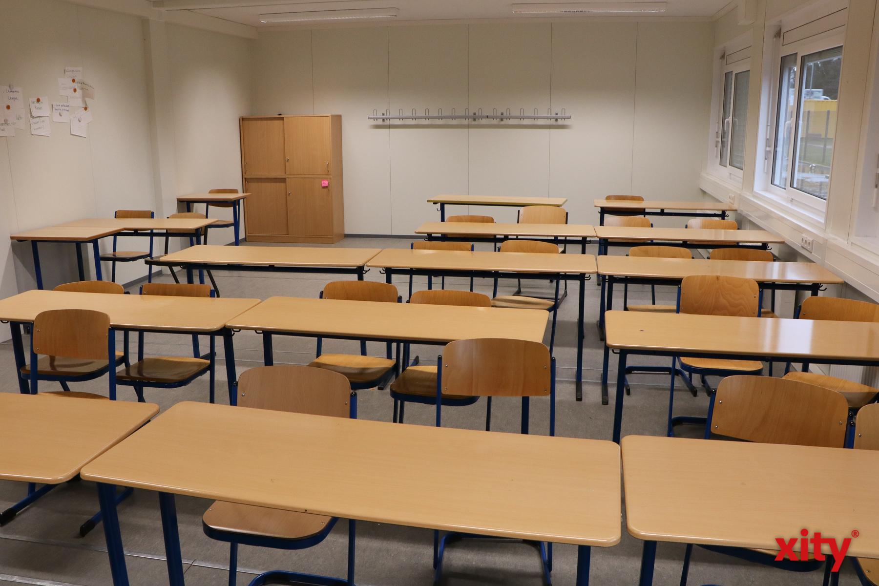 Die Klassenräume im Containerareal lassen nicht erkennen, dass es sich um Container handelt (Foto: xity)