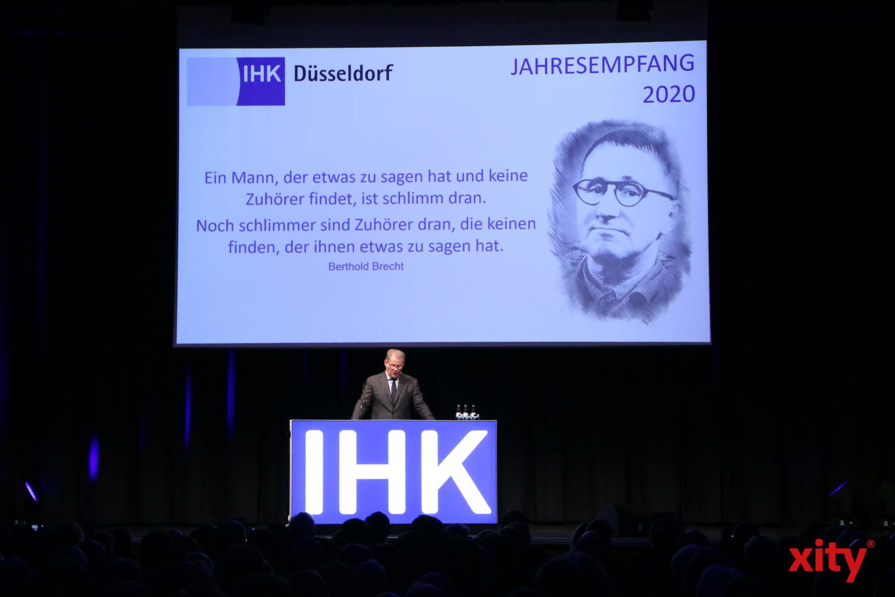 IHK-Präsident Andreas Schmitz begrüßte die Gäste mit einer Rede (Foto: xity)