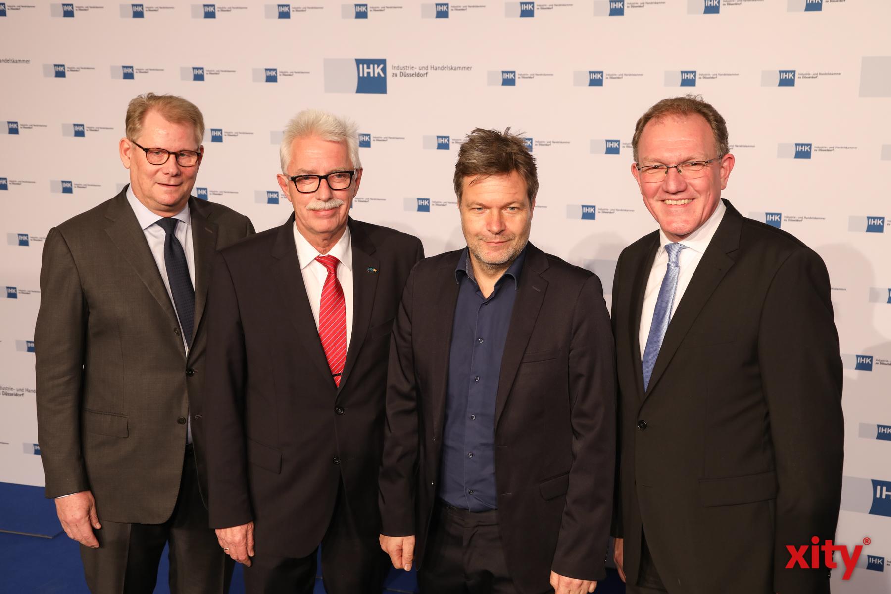Andreas Schmitz, Thomas Hendele, Robert Habeck und Gregor Berghausen (Foto: xity)