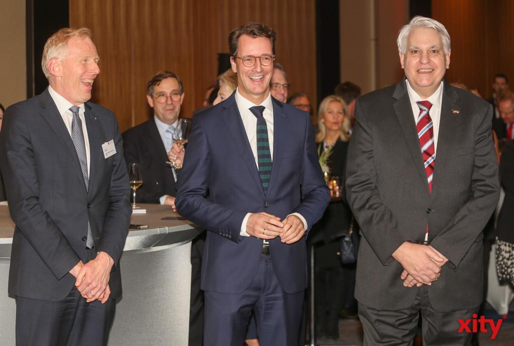 Hendrik Wüst, Verkehrsminister des Landes NRW war Gastredner auf dem Neujahrsempfang der AmCham (Foto: xity)