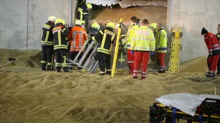 Mann erstickt in Niedersachsen bei Arbeitsunfall in Getreidesilo