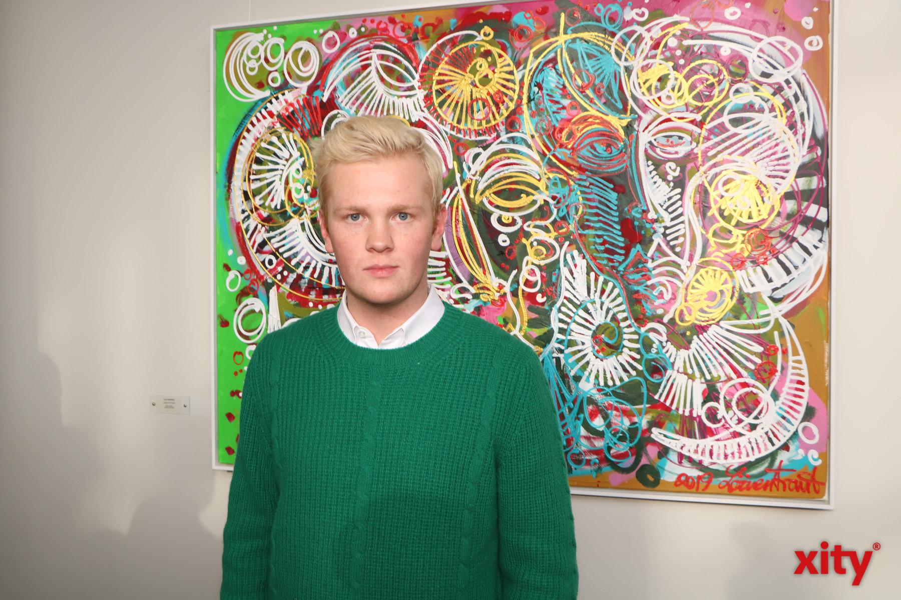 Der Künstler Leon Löwentraut hat Ausstellungen rund um den Globus (Foto: xity)