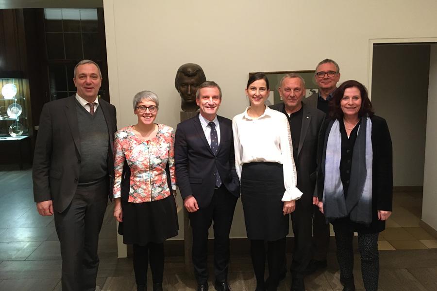 Oberbürgermeister Thomas Geisel beruft Expertengruppe für Klimaneutralität ein (Foto: xity)