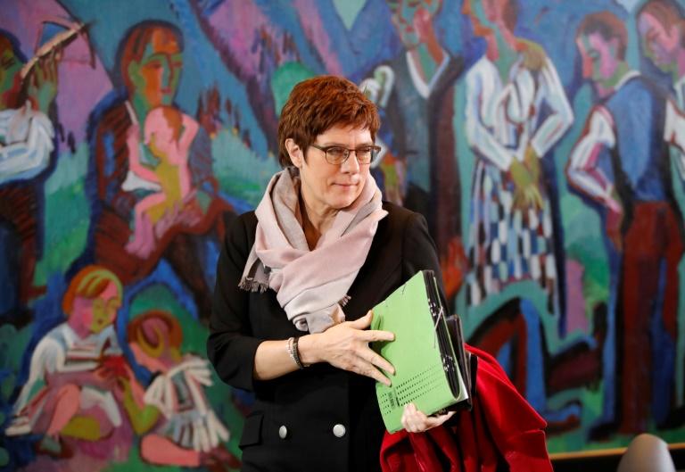 Kramp-Karrenbauer will mehr Frauen in Führungsgremien der CDU (© 2020 AFP)