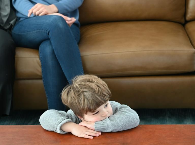 Giffey plant mehr Hilfe für Familien mit psychisch- und suchtkranken Eltern