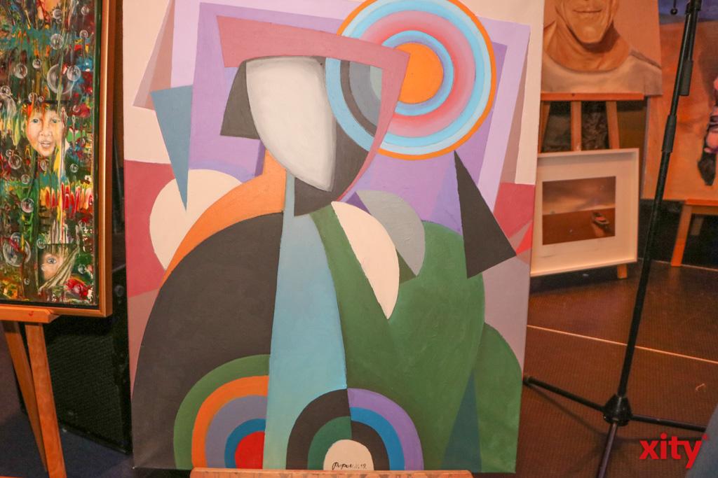Victor Popov malt im Stil des russischen Konstruktivismus (Foto: xity)