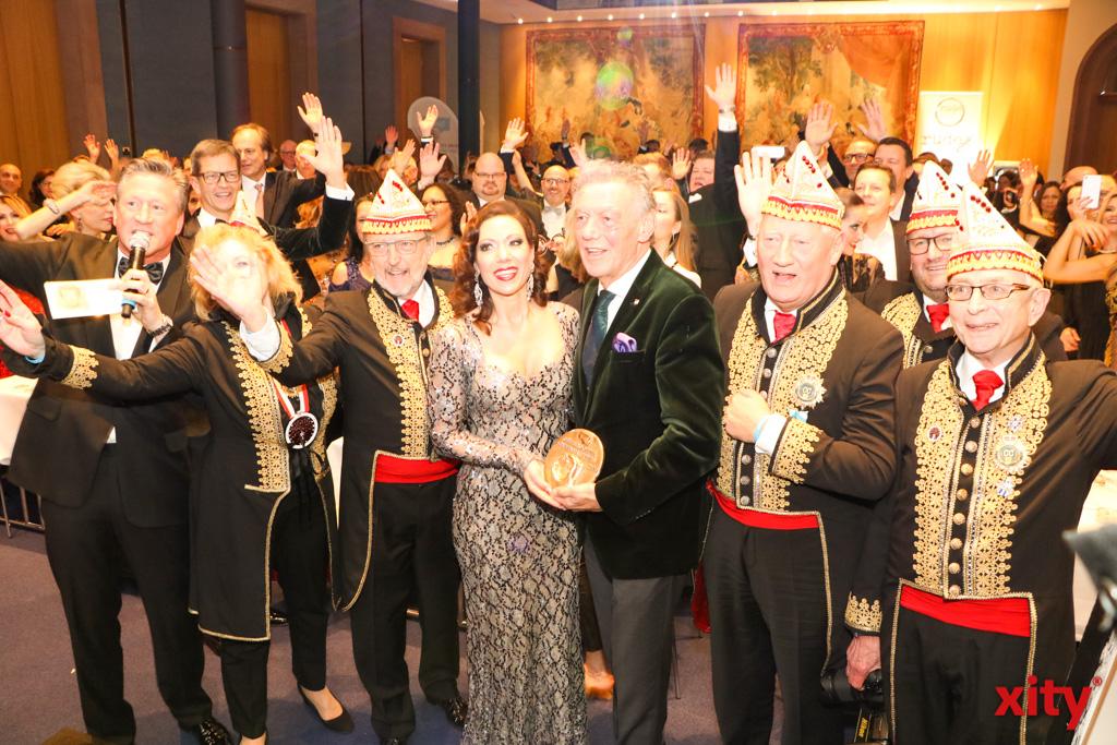 Der Ehrenamtspreis ging in diesem Jahr an die Düsseldorfer Karnevalsvereine (Foto: xity)