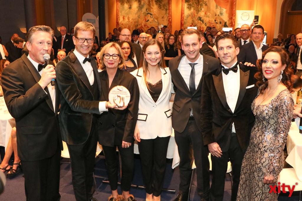 Josef Hinkel erhielt den Ehrenamtspreis für das Engagement seines Unternehmens im Düsseldorfer Ehrenamt (Foto: xity)
