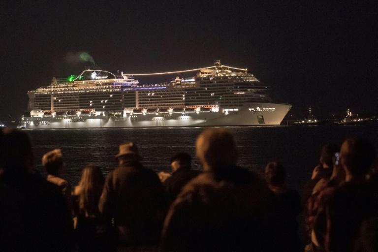 Kreuzfahrtbranche verhängt weltweit Schiffsverbote wegen Coronavirus (© 2020 AFP)