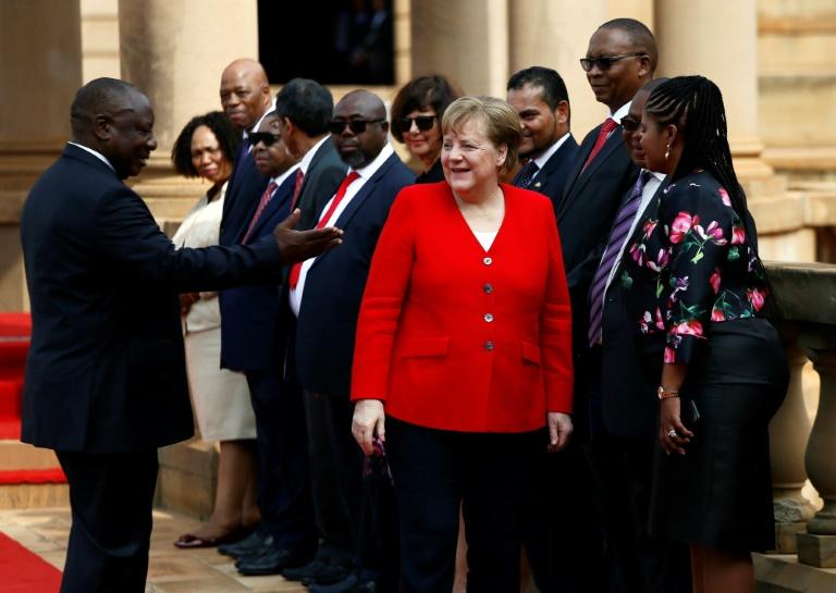 Linke wollen Merkel zu Regierungserklärung in Bundestag zitieren (© 2020 AFP)