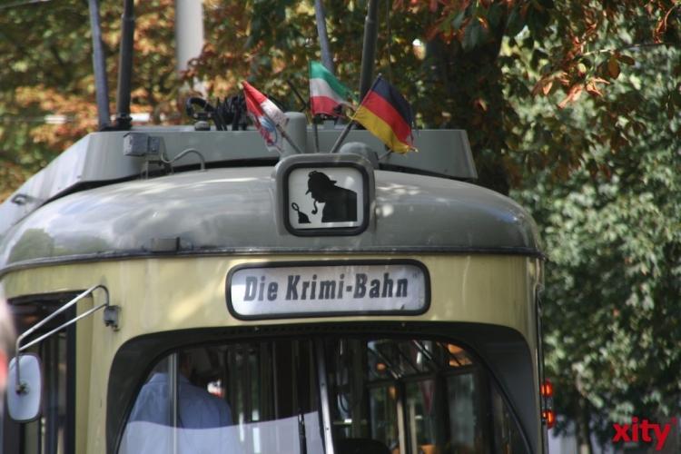 Autor Erwin Kohl in der Krimi-Bahn zu Gast (Foto: xity)