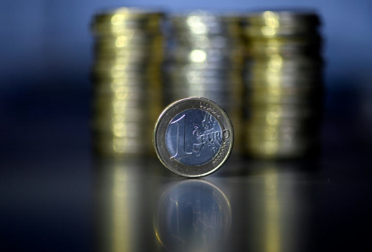 Studie: Etwa sechs Millionen Bürger müssen auch 2021 noch Soli zahlen (© 2020 AFP)