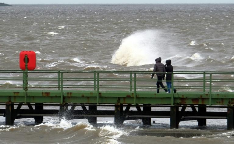 Wetter in Deutschland bleibt auch in kommenden Tagen stürmisch (© 2020 AFP)