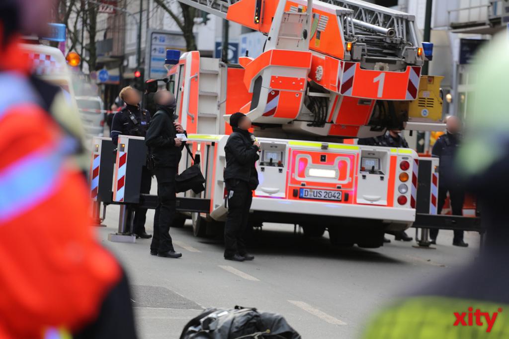 Ein Großaufgebot von Feuerwehr, Polizei und Malteser waren vor Ort (Foto: xity)