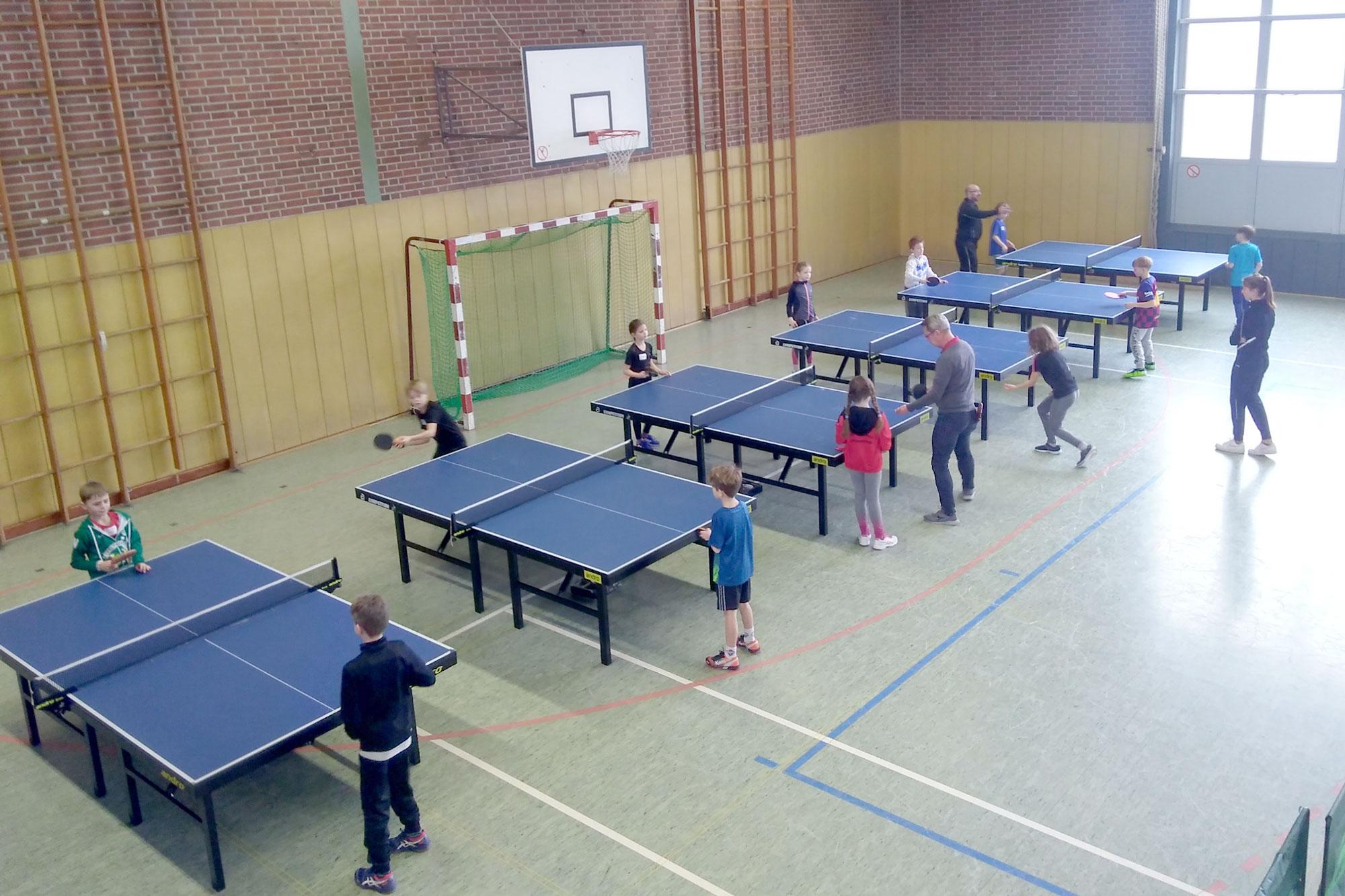 Bei der 2. Talentiade des KreisSportBundes Viersen konnten Kinder verschiedene Sportarten ausprobieren und sich über die Vereine im Kreisgebiet informieren. (Foto: KreisSportBund)