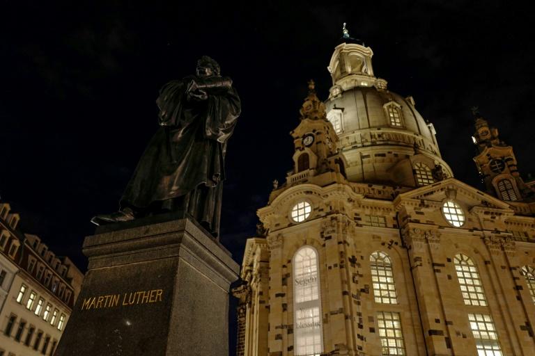 Steinmeier bei Gedenkveranstaltung zu 75.Jahrestag der Bombardierung Dresdens (© 2020 AFP)
