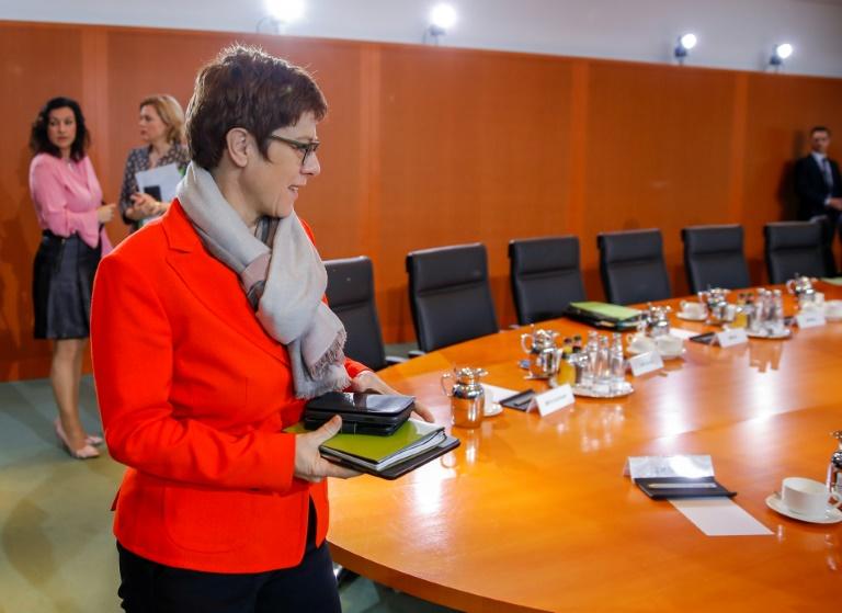 CDU-Gremien beraten über Neuordnung der Parteispitze
