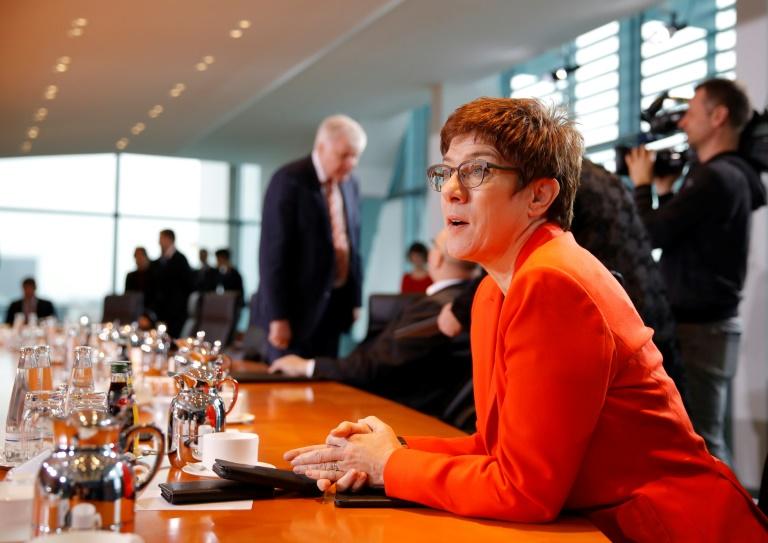 CDU-Präsidium berät über künftige Parteispitze und Krise in Thüringen