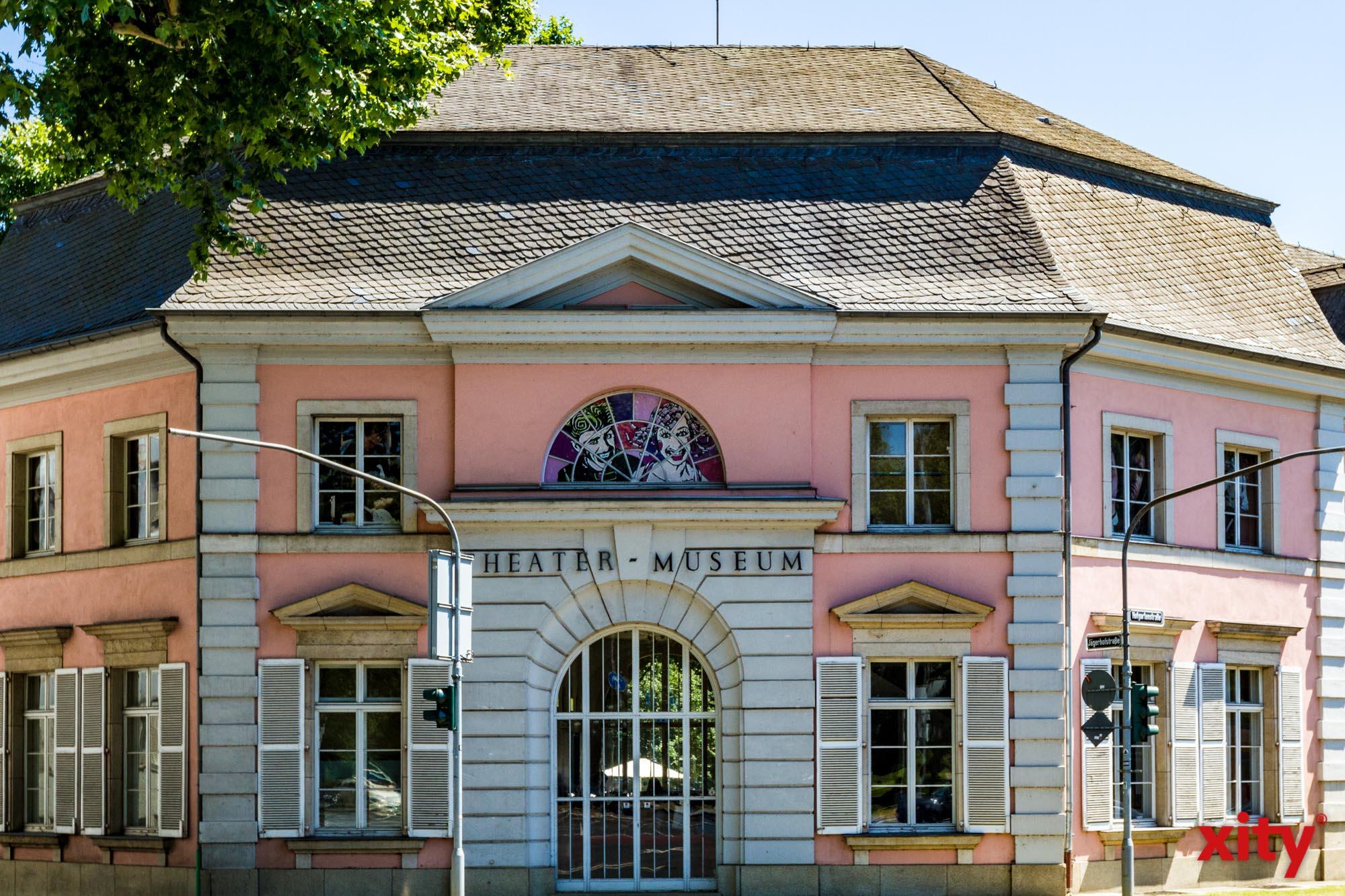 Theatermuseum bietet Bühnenkampfworkshop an
