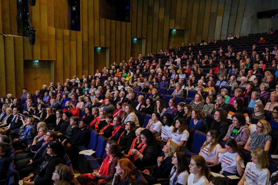 Der Einladung waren über 600 Personen gefolgt (Foto: Stadt Düsseldorf/Michael Gstettenbauer)