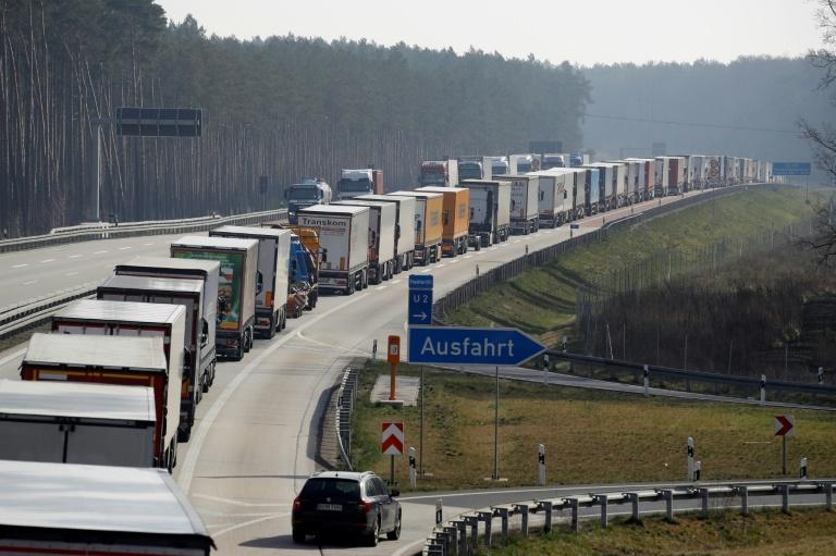 Polen öffnet wegen Stau an deutscher Grenze vier Übergänge (© 2020 AFP)