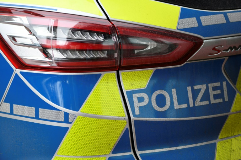Niedersachsen schickt im Kampf gegen Corona mehr Polizisten auf die Straßen (© 2020 AFP)