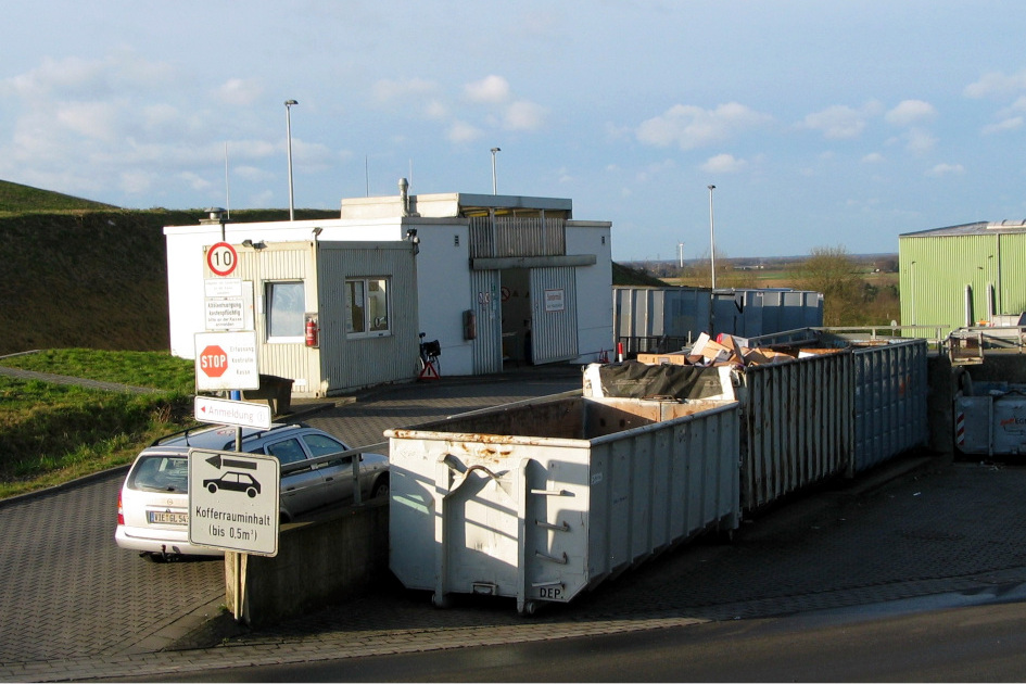 Die Kleinlieferstelle in Viersen bleibt zunächst geschlossen. Der normale Hausmüll wird aber weiterhin von der Müllabfuhr abgeholt. (Kreis Viersen)