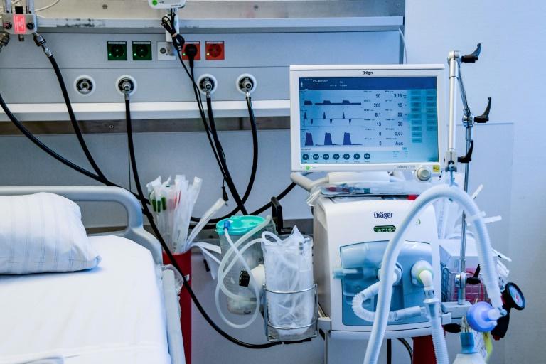 Ärzte beschließen Empfehlung für Entscheidungen über Leben und Tod bei Corona (© 2020 AFP)