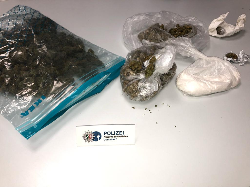 280 Gramm Marihuana und 50 Gramm Kokain wurden sichergestellt (Foto: Polizei Düsseldorf)