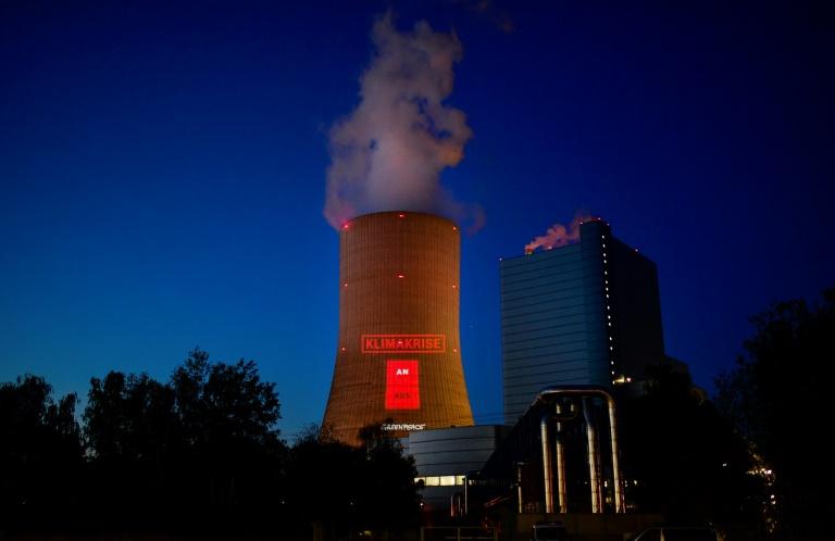 Umstrittenes Kohlekraftwerk Datteln IV geht von Protesten begleitet in Betrieb