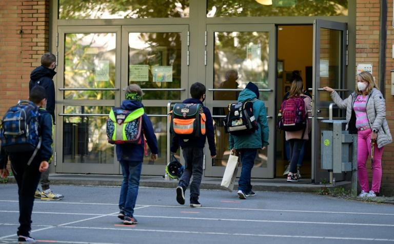 Kultusminister wollen schnellstmögliche Rückkehr zum Regelbetrieb in den Schulen