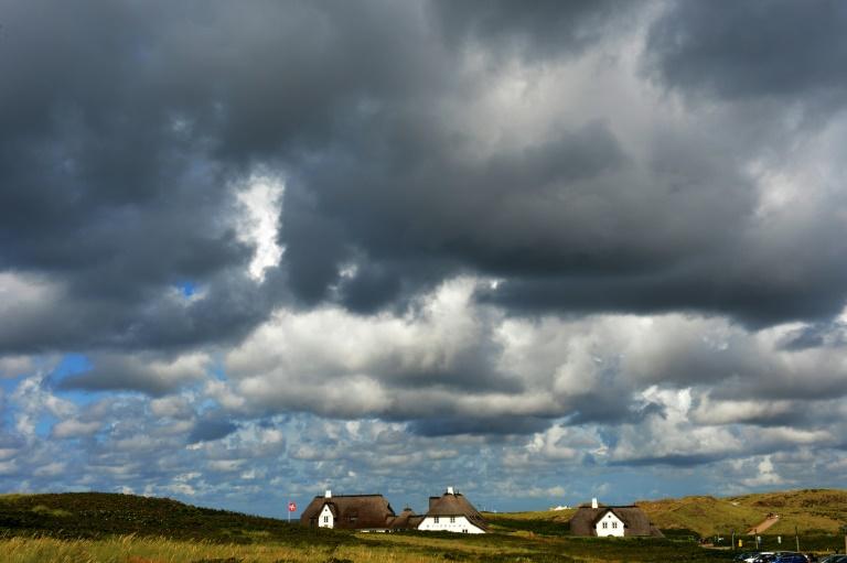 Mit dem Temperaturumschwung drohen wetterfühligen Menschen Beschwerden (© 2020 AFP)