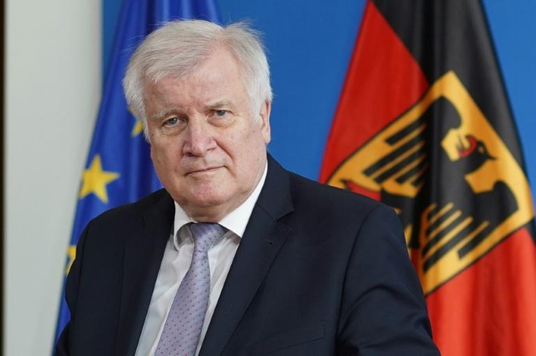 Seehofer will EU-Länder zu Einigung bei Flüchtlingsaufnahme bewegen