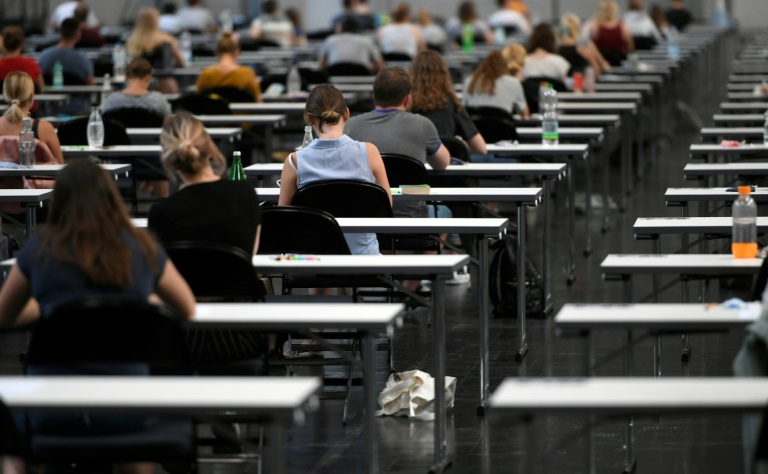 Anteil der zulassungsbeschränkten Studiengänge in Deutschland weiter rückläufig