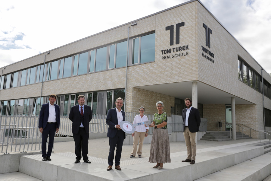 Burkhard Hintzsche, Oliver Turek, OB Thomas Geisel, Dagmar Wandt, Petra Steudel und Michael Köhler (Foto: Stadt Düsseldorf/Ingo Lammert)