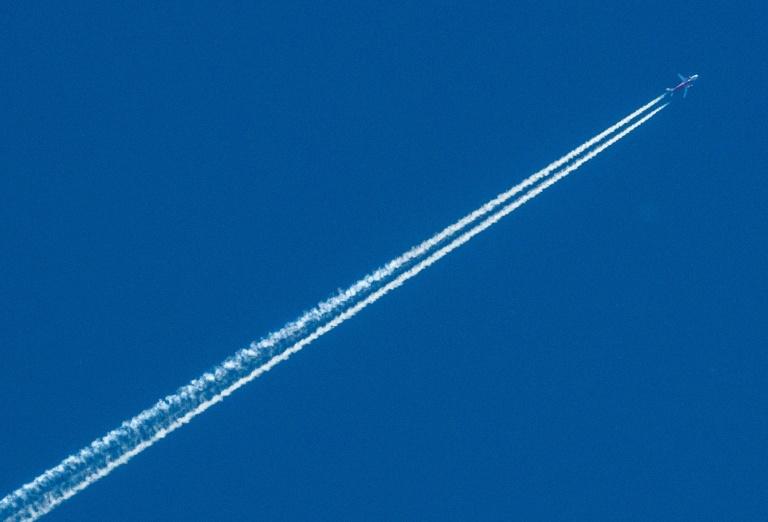 Studie: Globaler Luftverkehr trägt 3,5 Prozent zur Klimaerwärmung bei (© 2020 AFP)