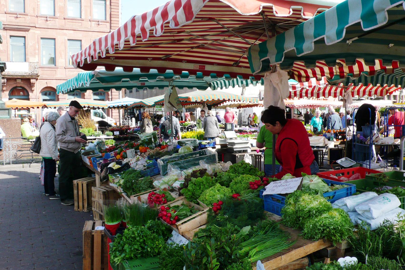 Hanauer Wochenmarkt (Foto: Stadt Hanau)