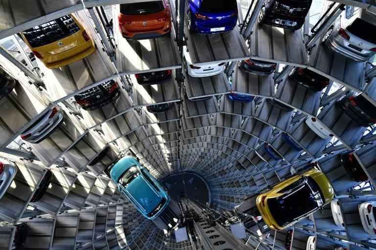 """Studie: Deutsche Autoindustrie büßt Rolle als """"Wachstumslokomotive"""" ein (© 2020 AFP)"""