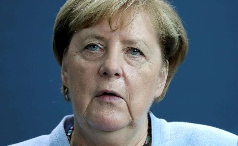 """Merkel würdigt """"unfassbaren Mehraufwand"""" der Gesundheitsämter durch Corona (© 2020 AFP)"""