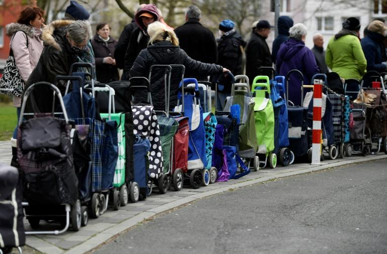 Gut 11.000 Hartz-IV-Empfänger erhielten 2019 Darlehen für dringende Ausgaben (© 2020 AFP)