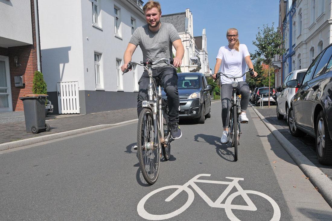 In Bocholt hat das Fahrrad - wie hier in der Fahrradstraße am Hemdneer Weg - oft Vorfahrt. (Foto: Bruno Wansing)