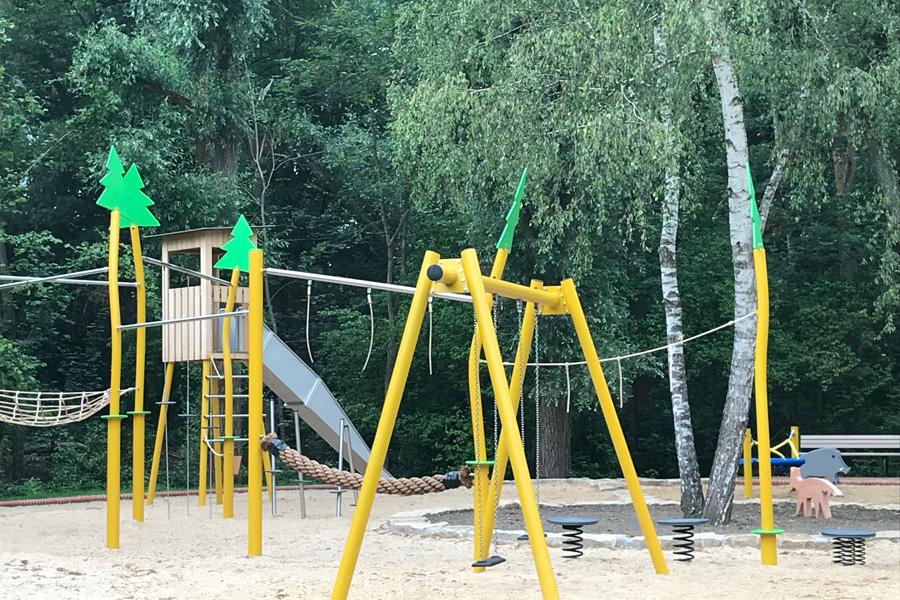 Mehr Bäume sollen Schatten auf Kinderspielplätzen spenden (Foto: Stadt Düsseldorf/Gartenamt)