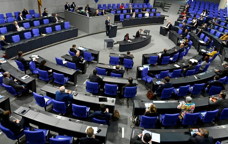 Deutscher Frauenrat fordert rasche Regelung für Geschlechterparität im Bundestag (© 2020 AFP)