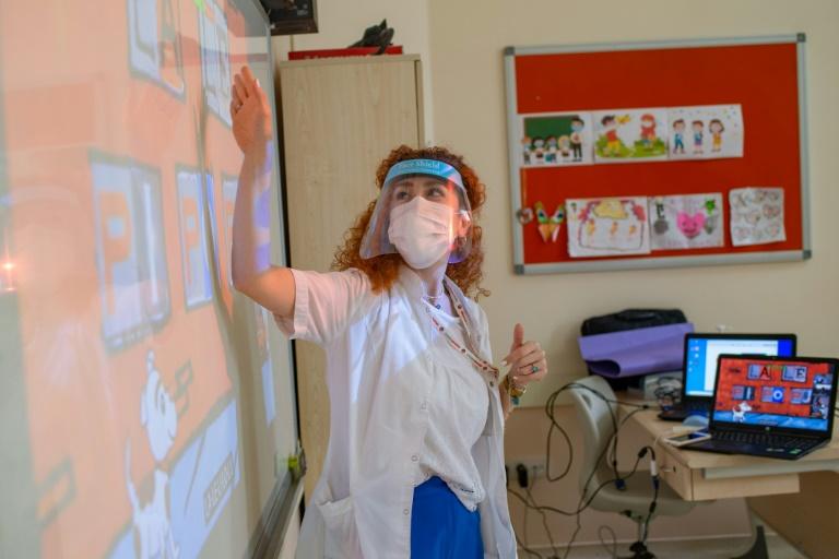 Unesco fordert bessere Schulungen von Lehrkräften für Krisensituationen (© 2020 AFP)