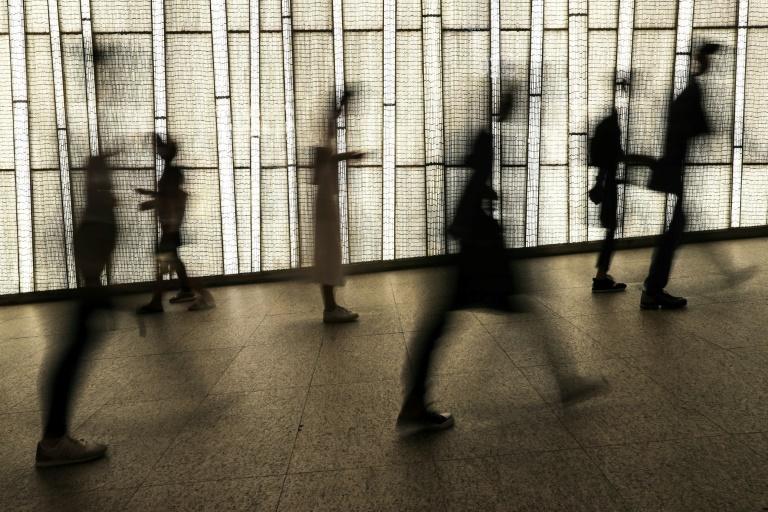 Regierung will Bewusstsein für psychische Belastungen stärken (© 2020 AFP)