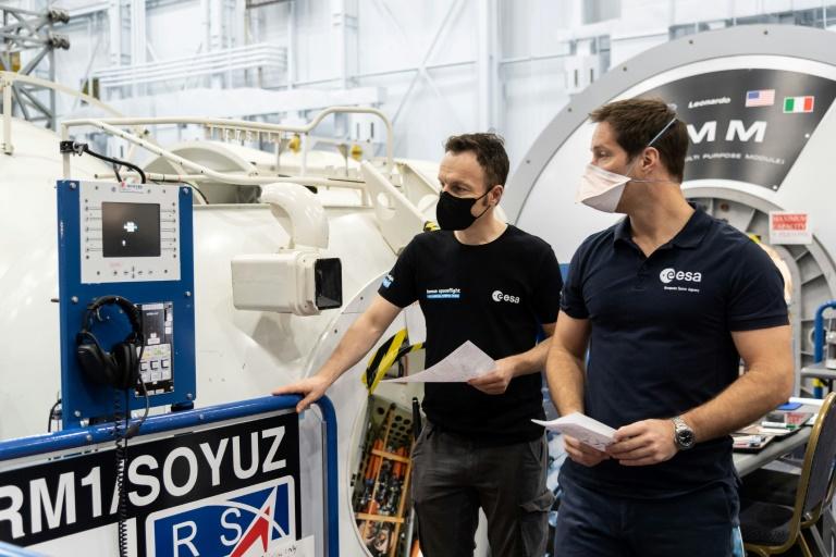 Astronaut Matthias Maurer darf sich aufs perfekte Weltraumdinner freuen (© 2020 AFP)